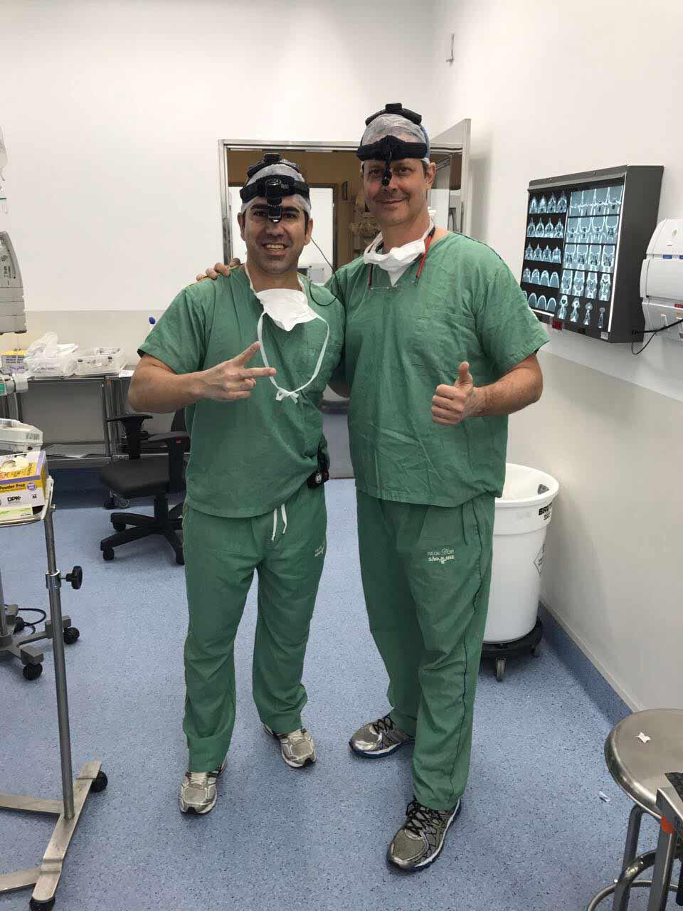 Cirurgia de Rinoplastia ao lado do Dr. Reinaldo Ragazzo
