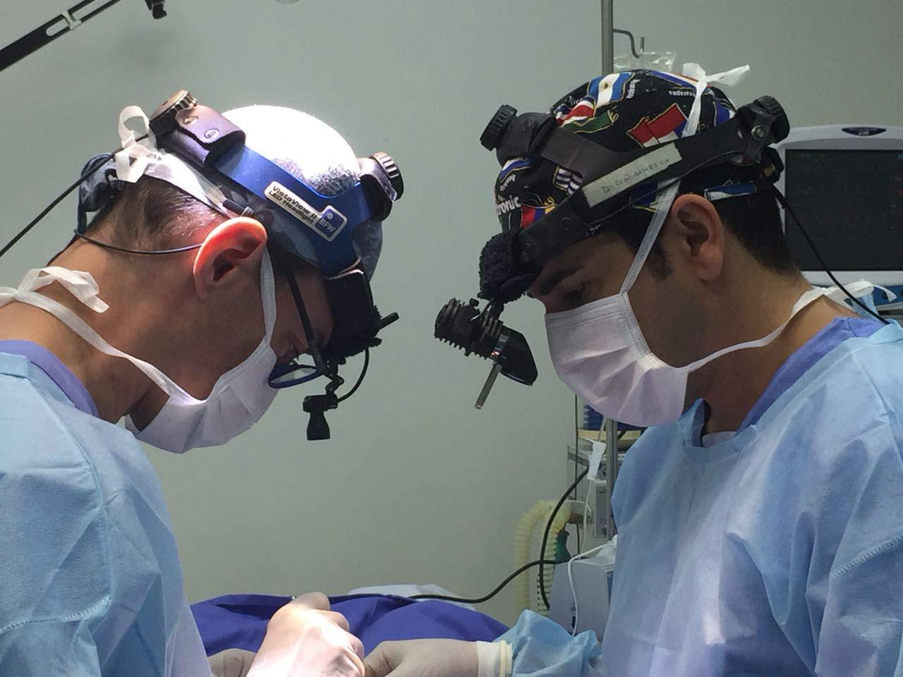 Cirurgia de frontoplastia + blefaroplastia + rinoplastia + lipoescultura facial com Dr. Jurado