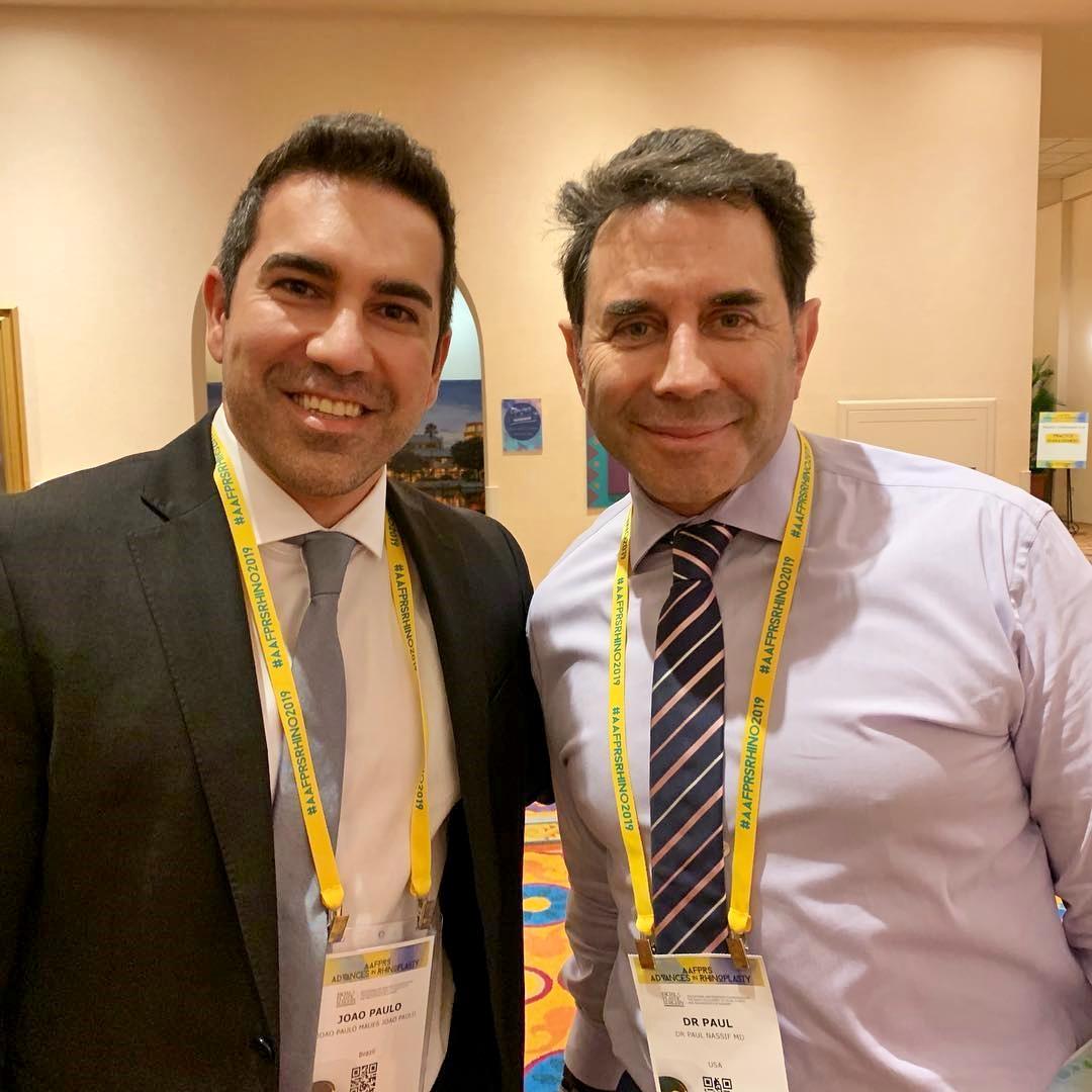 Nesse congresso tive a oportunidade e o prazer de conhecer Dr. Paul Nassif