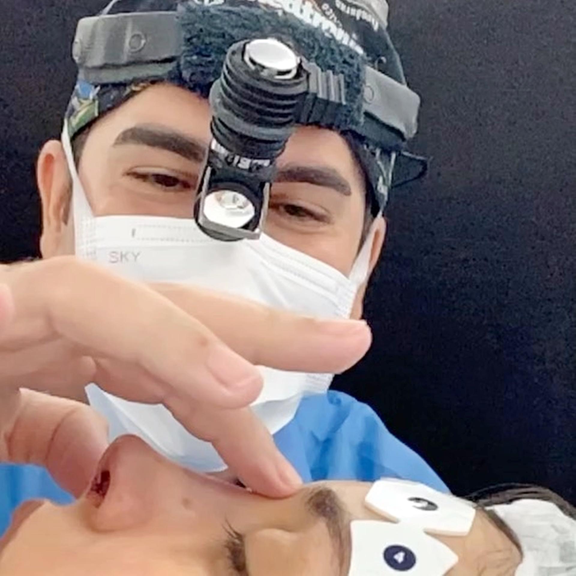 Na cirurgia de hoje a principal queixa da nossa cliente era a giba nasal